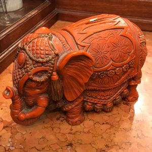 VTG elephant bank
